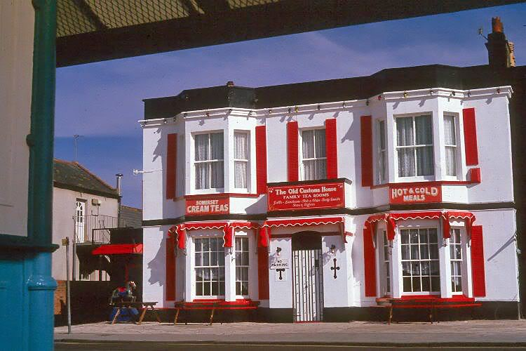 The Old Custom House 1986