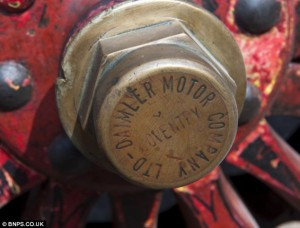 Daimler wheel nut
