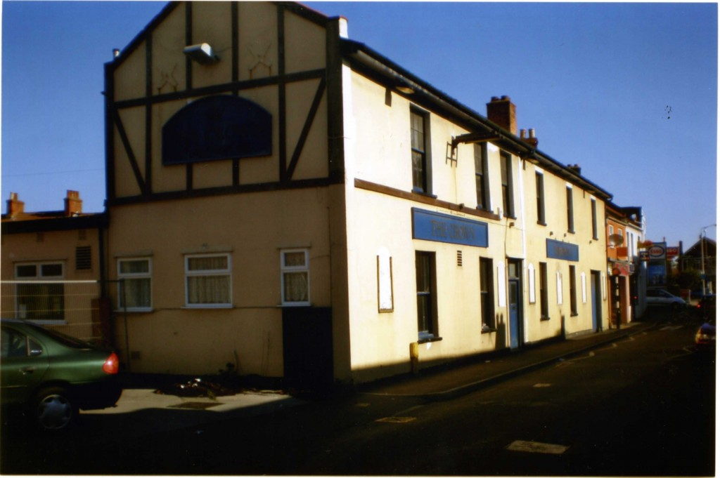 The Crown Inn was located in Oxford Street and demolished in 2007.